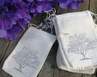 25 Tree stamped muslin drawstring bags