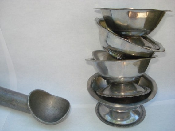 Little Ice Cream Parlor Sundae Dishes 4 Vintage Diner Ware
