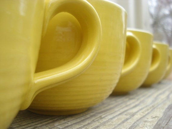 Sunny Delight Coffee Cups Yellow Retro  Set of 8