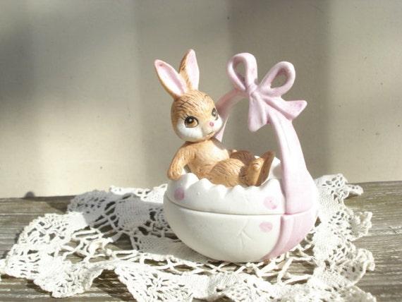 Vintage Lefton Egg Trinket Box - Bunny Basket
