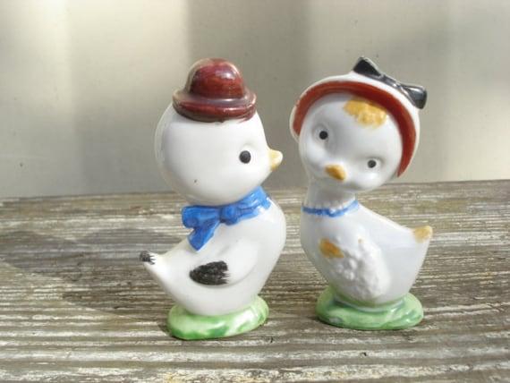 Pair Sweet Chick Figurines Old Japan