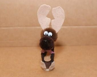 Moose Finger Puppet