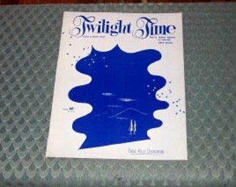 Twilight Time Cowl