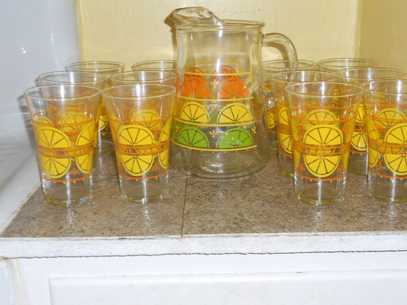 Vintage Libbey Glassware Set-12 Glasses and Pitcher-Lemon Slices