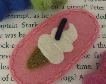 NO SLIP Wool felt hair clip -Ice cream -pink