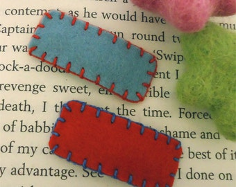 Felt hair clip -No slip -Wool felt -Set of 2 plain -red / aqua