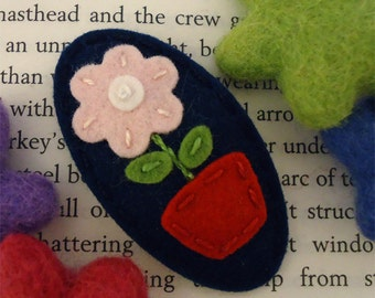 Felt hair clip -No slip -Wool felt -flower pot -navy