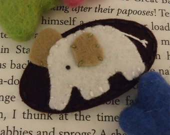 Felt hair clip -No slip -Wool felt -Ecru elephant -brown