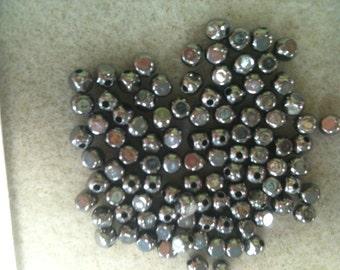 4mm Squared Round Bead Gunmetal 100 pack