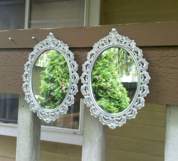 Oval Mirror Decor Set - Vintage Brass Frames in Shiny Silver