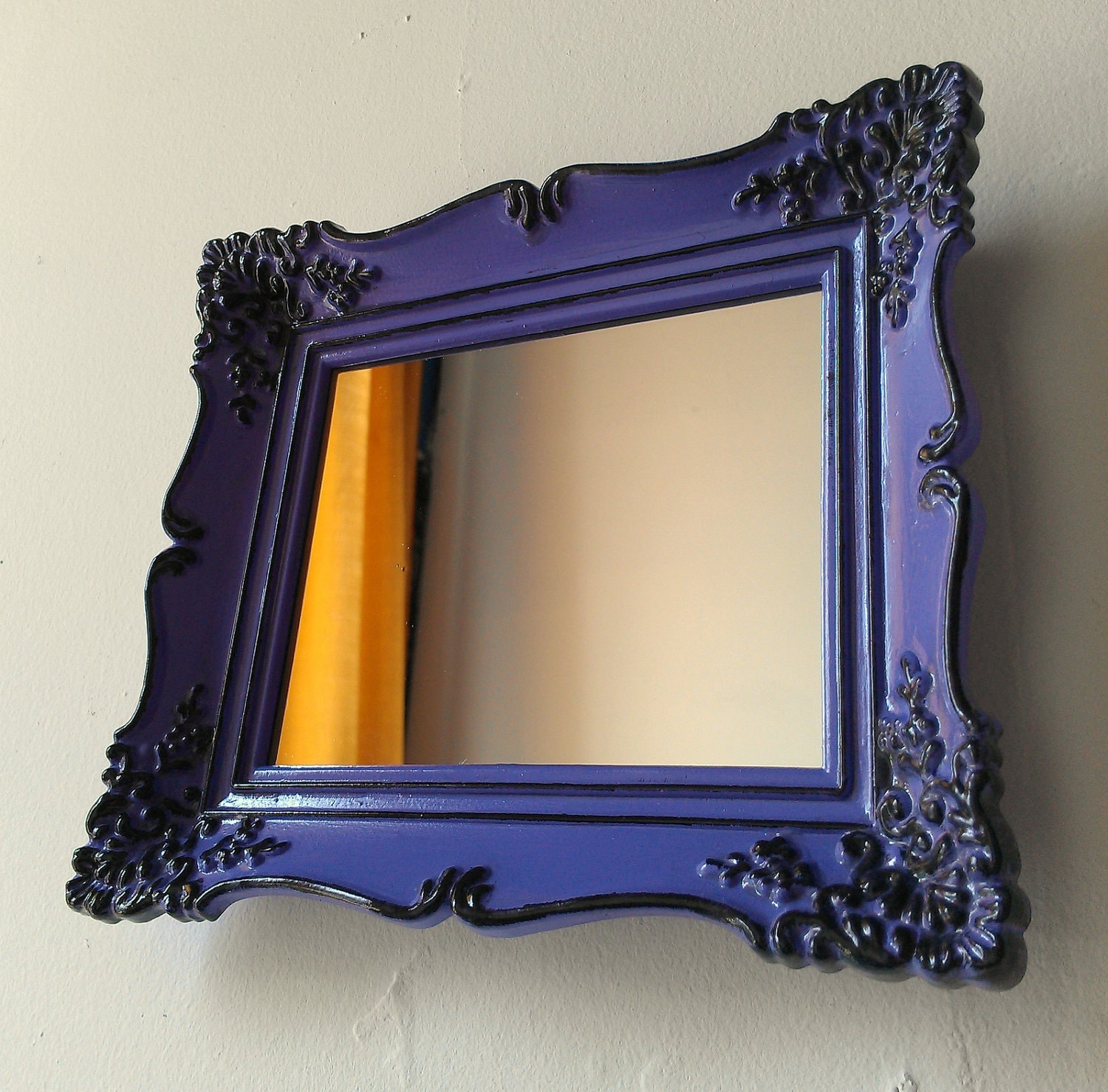Baroque wall mirror in vintage frame black and lilac for Plastic baroque mirror