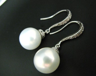 Free US shipping -White pearls with luxury sterling silver hook with cz