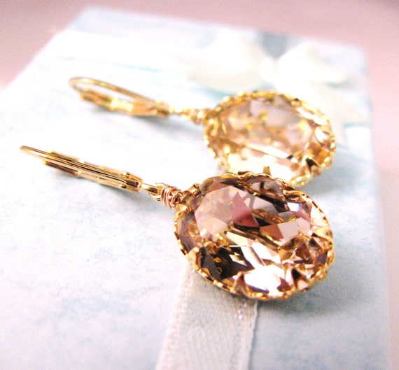 Swarovski vintage rose oval foiled pendant with gold vermeil hook - Free US shipping