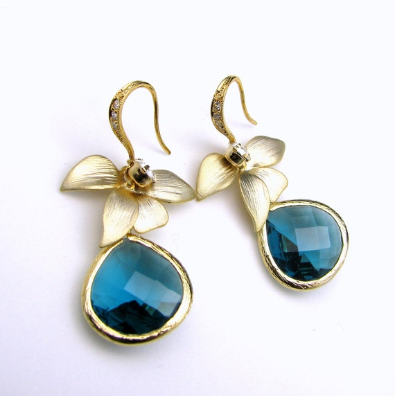 free US shipping - teal indicolite blue faceted teardrop bezel crystal on gold plated cz sterling silver hook with orchid flower