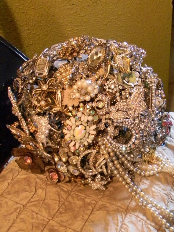Home of the Brooch Bouquet TM