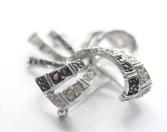 JEWELRY SALE RHINESTONE Pin / Brooch & Black Onyx Decorative Hair Pin / Scarf Tie