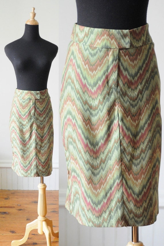 SALE GREEN Skirt CHEVRON Skirt Vintage Pencil Skirt Wiggle Skirt  Size Small