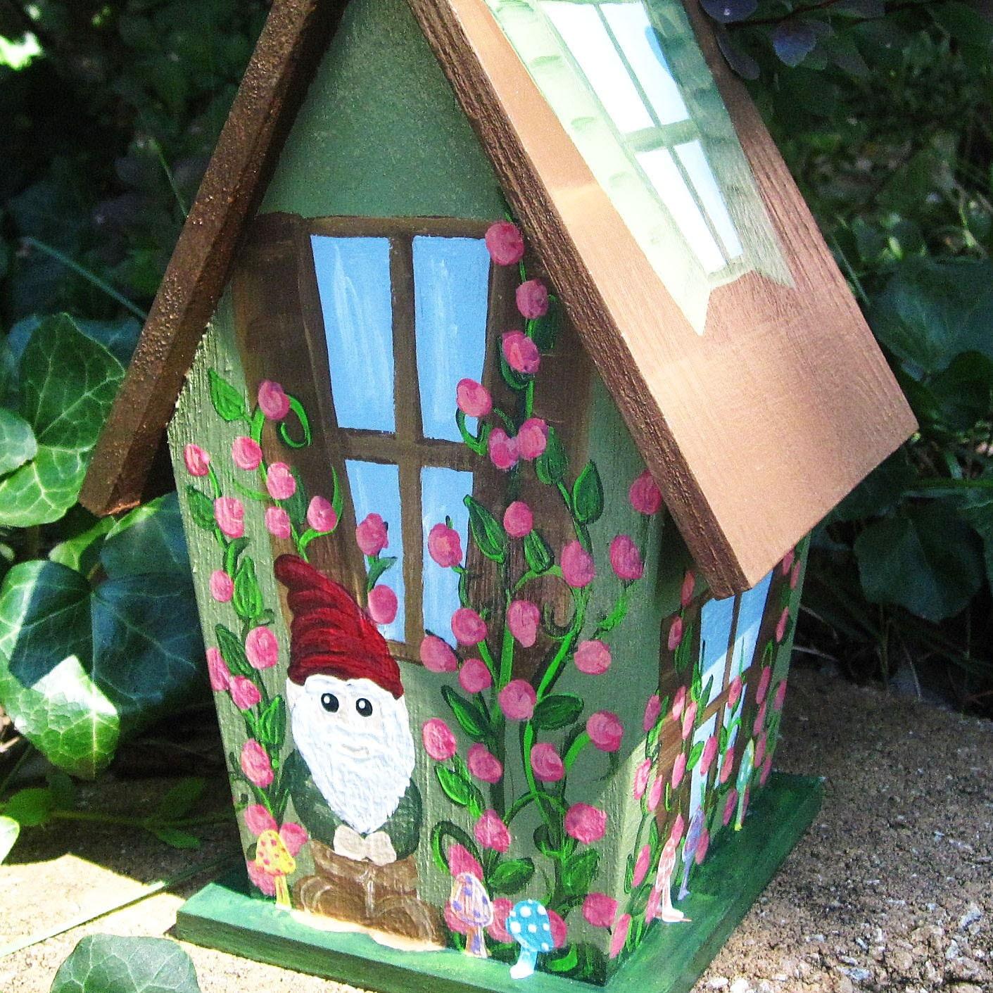 Birdhouse Garden: Decorative Birdhouse Garden Gnome Hand Painted Fairy Garden