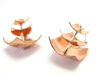 Pagoda Square Earrings in Copper and Silver
