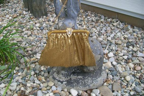 Vintage WHITING & DAVIS Gold Tone Mesh Evening Bag W/Jeweled Rhinestone Closure
