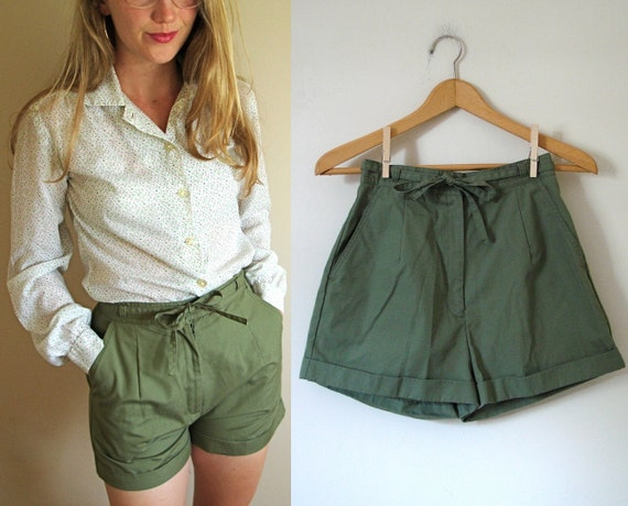 vintage High-Waisted Army Green Shorts with Tie Waist -- XS/S