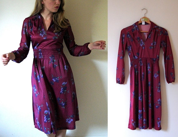 SALE -- vintage 1970s Wine and Purple Floral Print Polka Dot Dress -- XS/S