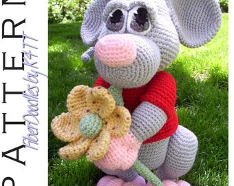INSTANT DOWNLOAD : Mizithra the Mouse Crochet Pattern