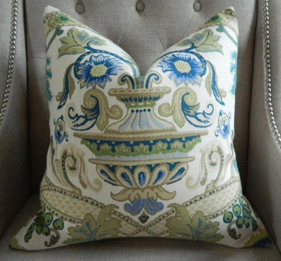 Decorative Designer Pillow Cover - Schumacher Fontenay vase in Pocelain blue - 20X20 - Pattern on the front