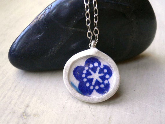 Origami Reversible Pendant - Silver Oval charm- blue & pink flower