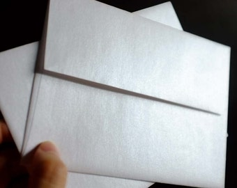Pearl White Metallic Envelopes, A2 or No.10 / Set of 30 / Reich Shine / earth friendly, specialty paper, for wedding + special announcement