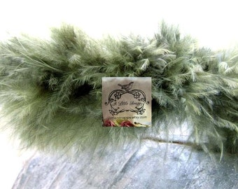 Sage Olive Green Small Short Haired Marabou Boa Feathers