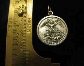 Silver medal Saint Michael Archangel for Spiritual & Physical PROTECTION Religious Pendant for jewelry  necklace rosary charm bracelet