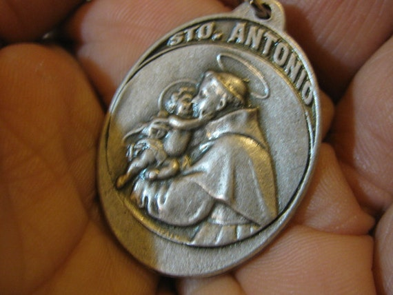 Silver Medal of Saint Anthony Religious pendant for  necklace, rosary, chaplet, bracelet, charm for any jewelry
