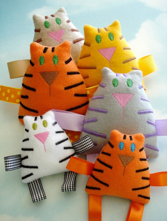 Tiger - Tabby Cat Embroidery Design for Machine Embroidery - Softie In-The-Hoop