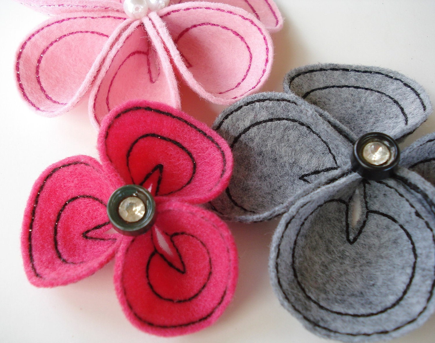 Embroidery flower for machine in the hoop