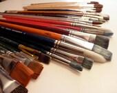 43 paint brushes -watercolor, oil, acrylic, Winston-Newton, Grumbacher, Loew-Cornell, Plaid
