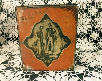Vintage DECORATIVE TIN with Hinged Lid-couple-wedding-love