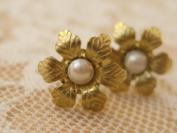 Flower and Pearl Stud Earrings - CLEARANCE SALE!