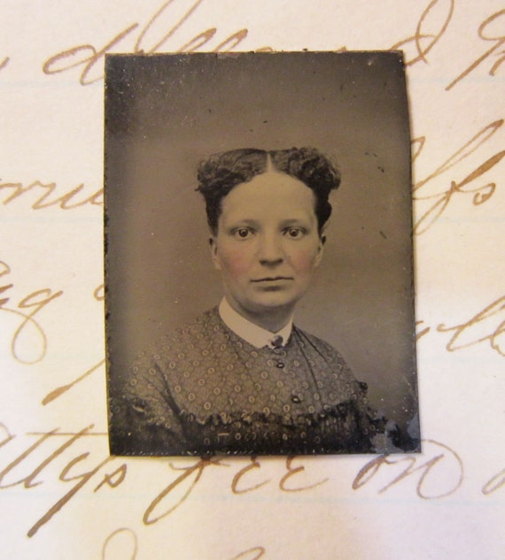 little lost souls - miniature antique GEM tintype photo - pretty young WOMAN - ferrotype - late 1800s - lot GT918