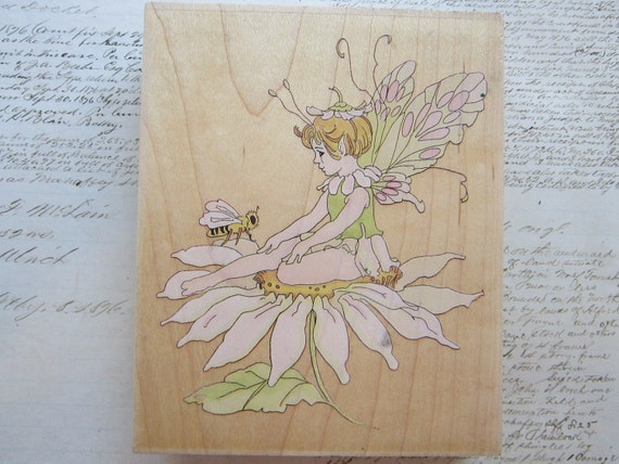 rubber stamp - FAIRY on daisy - DESTASH