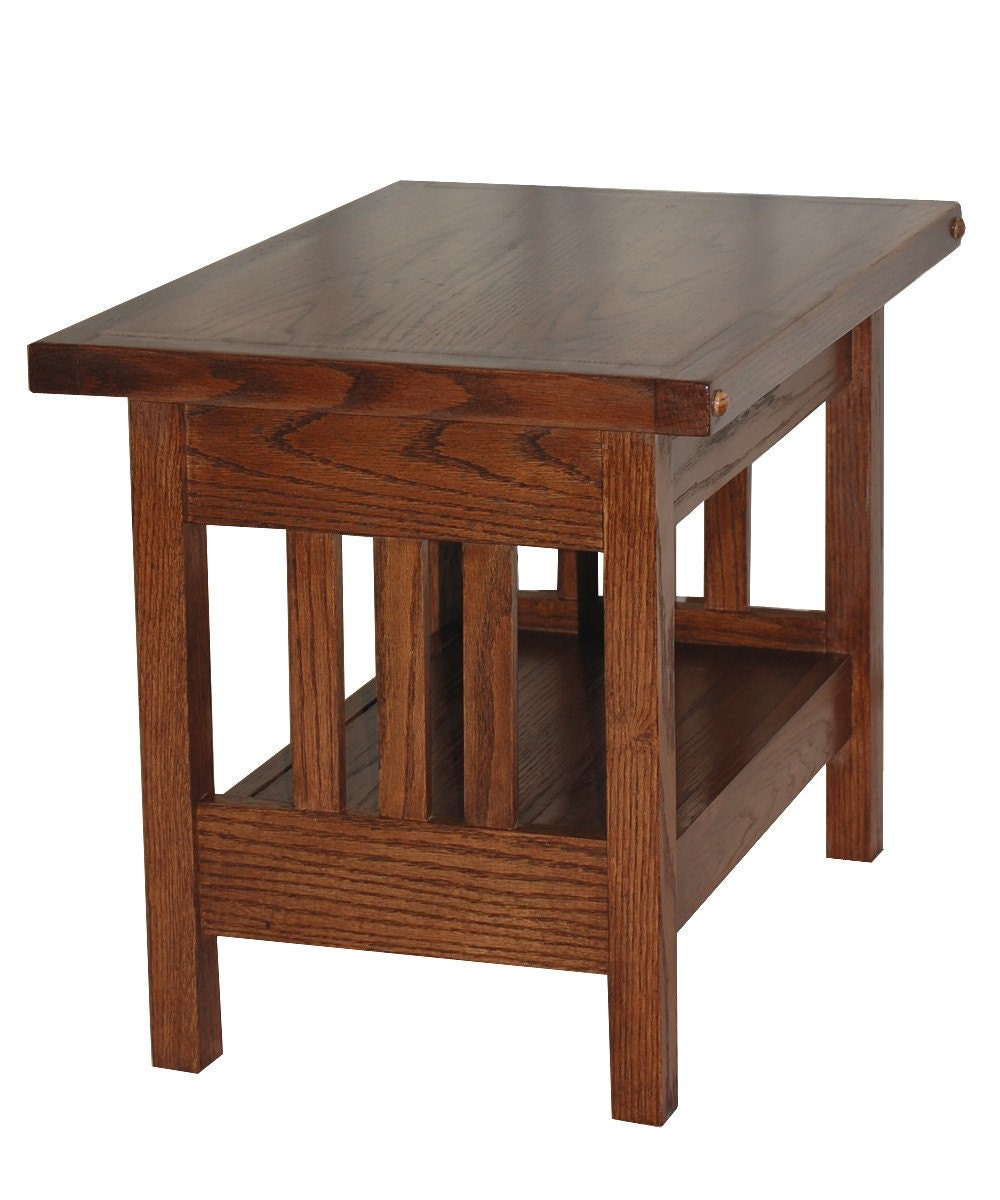 Arts and crafts inspired side table in mission style for Arts and crafts style table