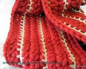 Chunky Cowl Scarf Crochet in Holiday Red and Gold