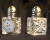 Snowman Head Salt and Pepper Shakers Snow Head Salt & Pepper Shakers Hand-painted by Lisa Hayward