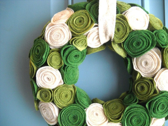 Felt and Yarn Wreath - Olive Green Oatmeal