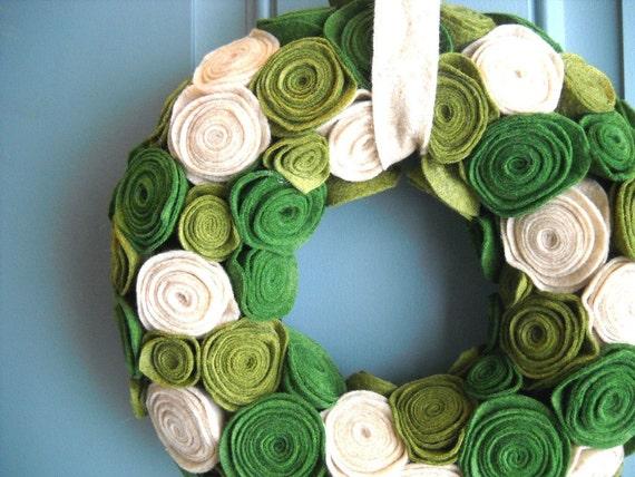 Felt and Yarn Wreath - Olive Green Oatmeal