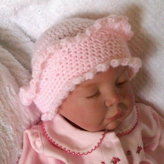 Beautiful...Pink..... Crown Hat...... Newborn up to 3 Month... Girl..... Princess..... PHOTOS....Ready - to - Ship