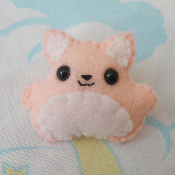 Pink and White Felt Kitty Brooch