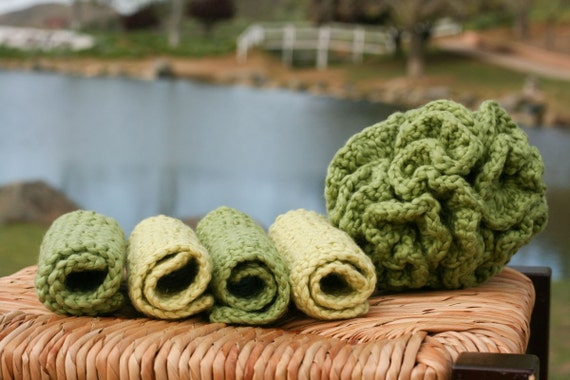 Organic Cotton Wash Cloths and Bath Puff Set in Green