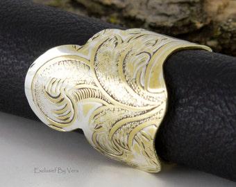 Medieval ring, brass ring, thumb ring, statement ring, elegant rings, dinner rings, artisan ring, handmade ring, trendy ring, artsy ring