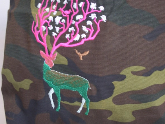 camo canvas bag with embroidered deer and flowers on antlers